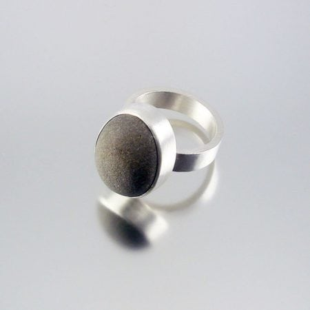 Beach Pebble & Silver Ring - Boulder I