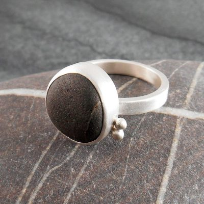 Beach Pebble & Silver Ring - Boulder III