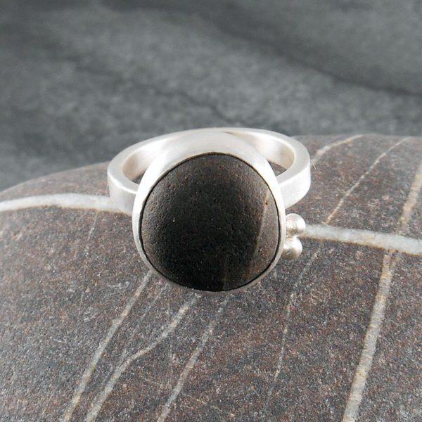 Beach Pebble & Silver Ring - Boulder III