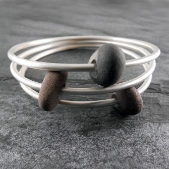 Single Beach Pebble & Silver Bangle