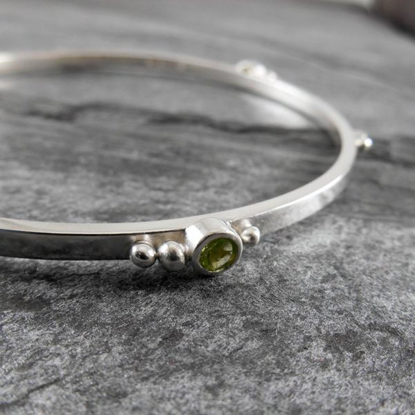 Gem Cluster Silver Bangle Bracelet with Peridot
