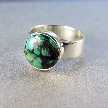 Chinese turquoise button ring