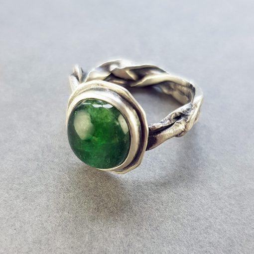 green tourmaline on organic molten ring band