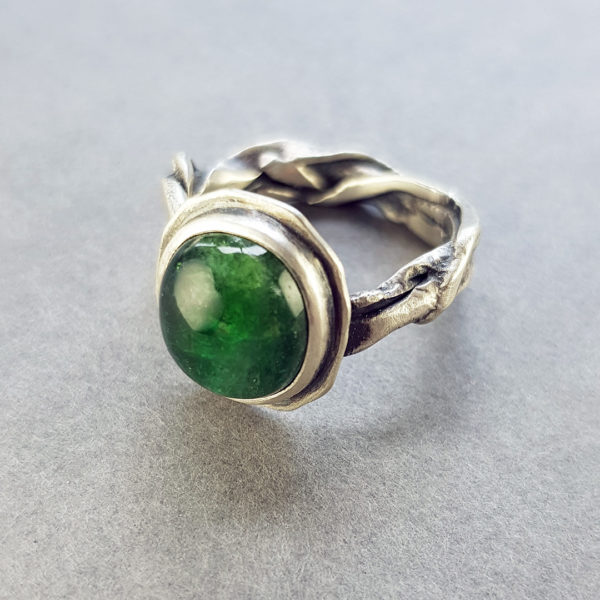 green tourmaline on organic molten ring band