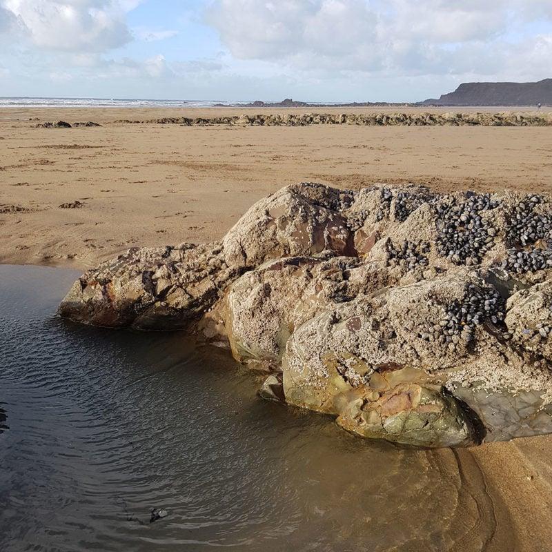 Widemouth beach, rocks and sand