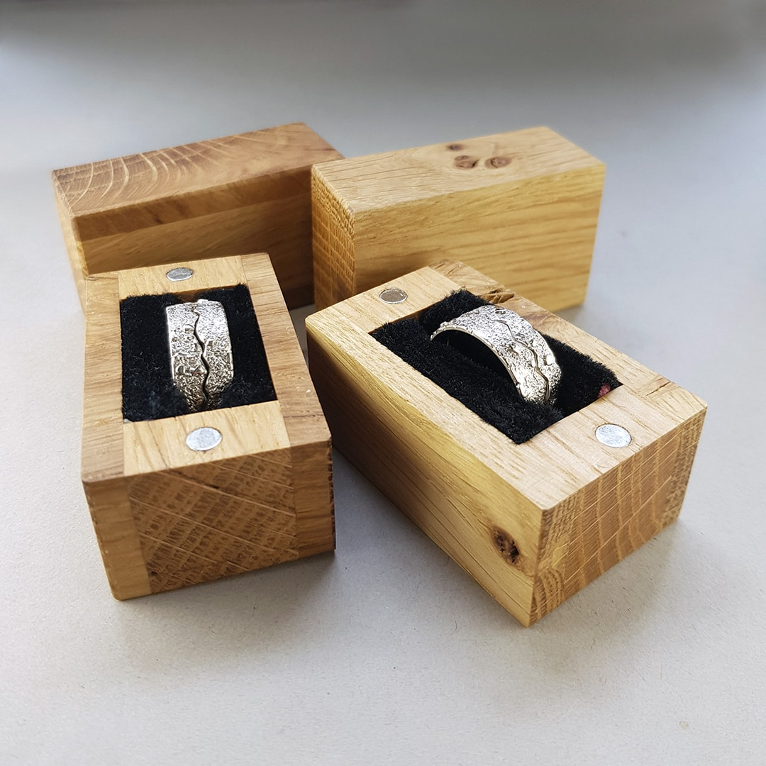 New handmade wooden ring boxes