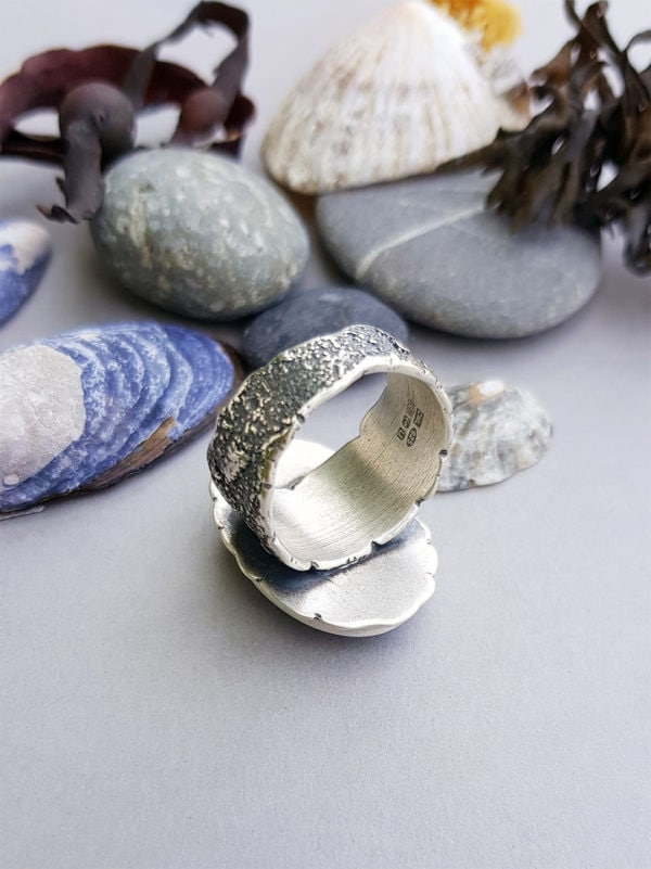Back view of Labradorite and sterling silver ring