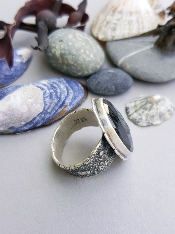 Side view of Labradorite and sterling silver ring