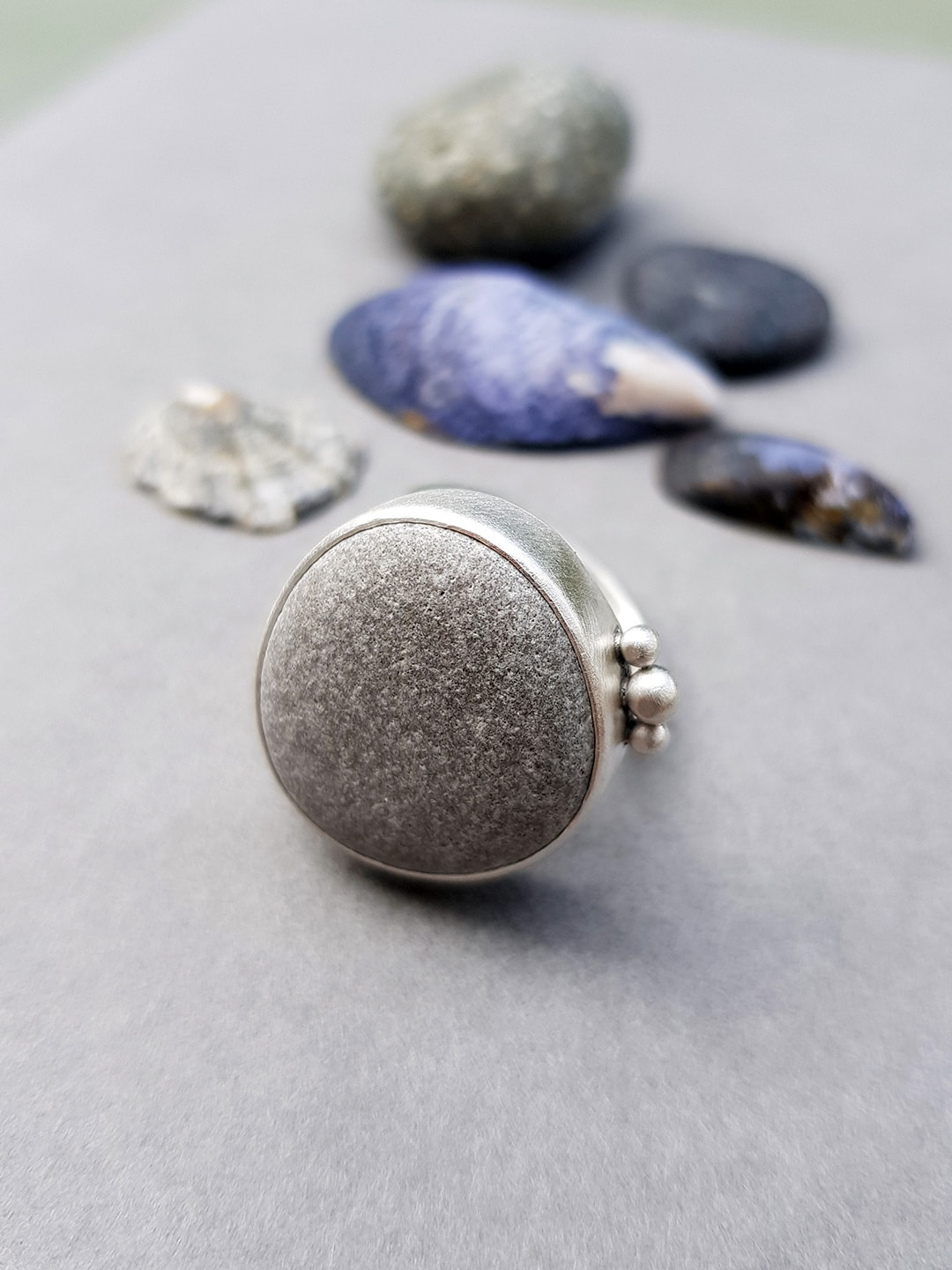 Beach pebble and brushed sterling silver ring
