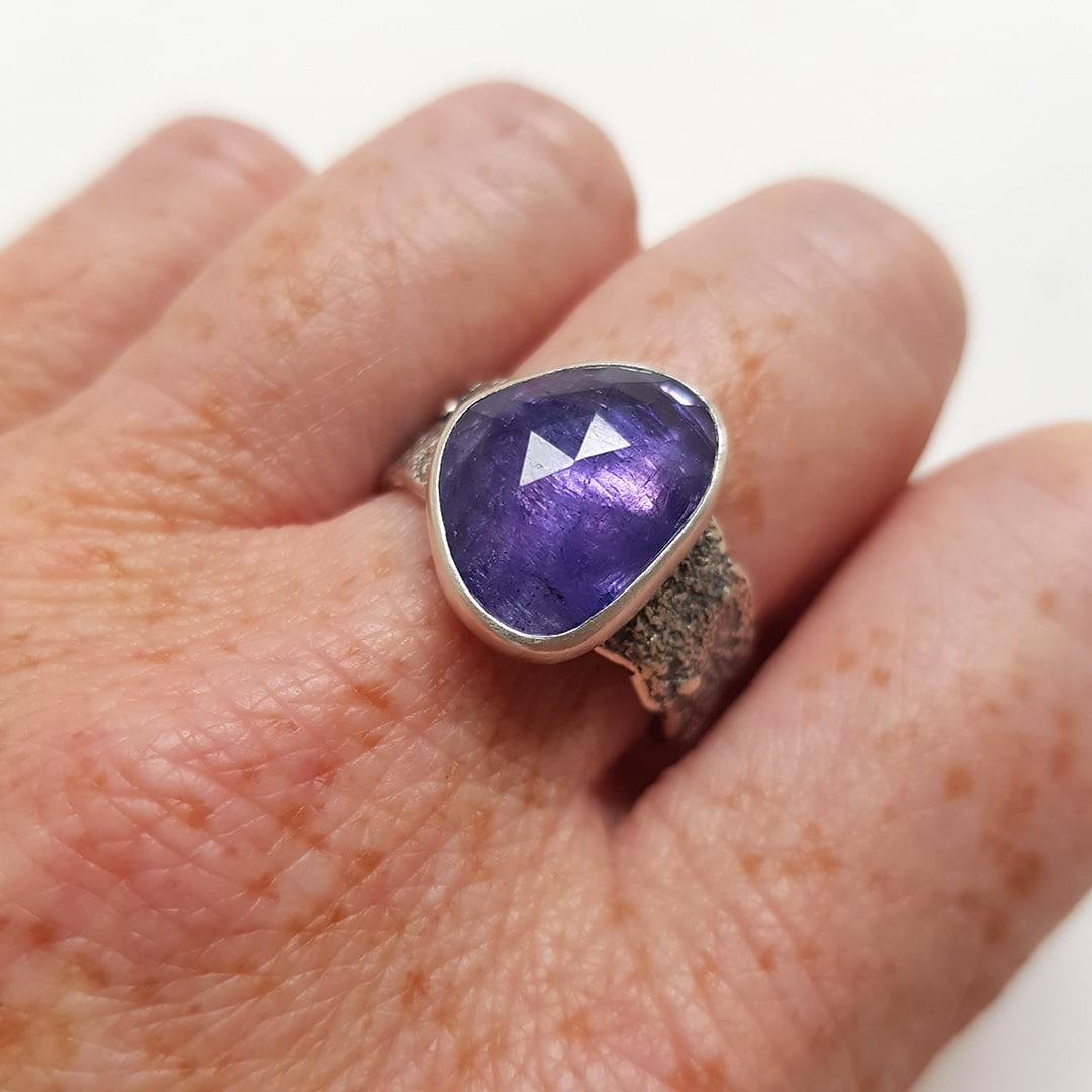 Purple Tanzanite gemstone and textured silver ring