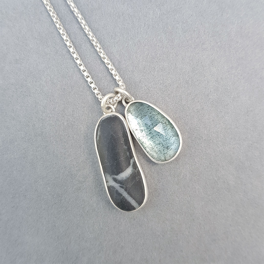 beach pebble and moss aquamarine pendant set in sterling silver