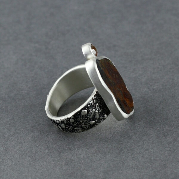 Handmade ring with beach rock and rose cut diamond