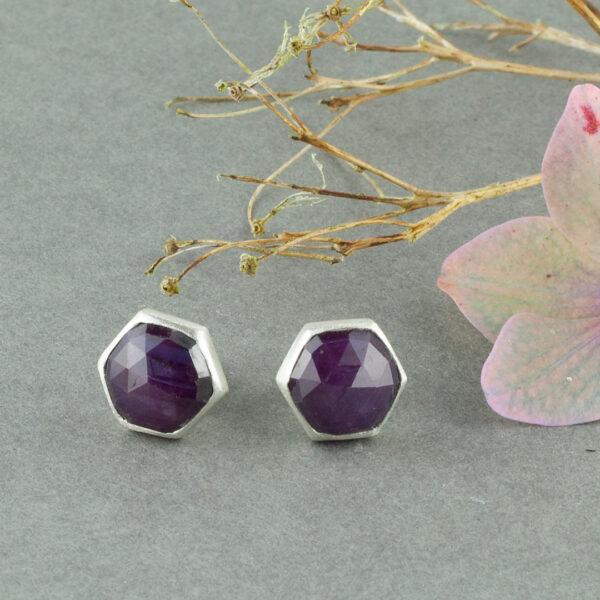 Handmade stud earrings in sterling silver and star Ruby