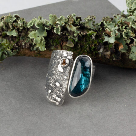 Warrior princess ring with Kyanite and Diamond