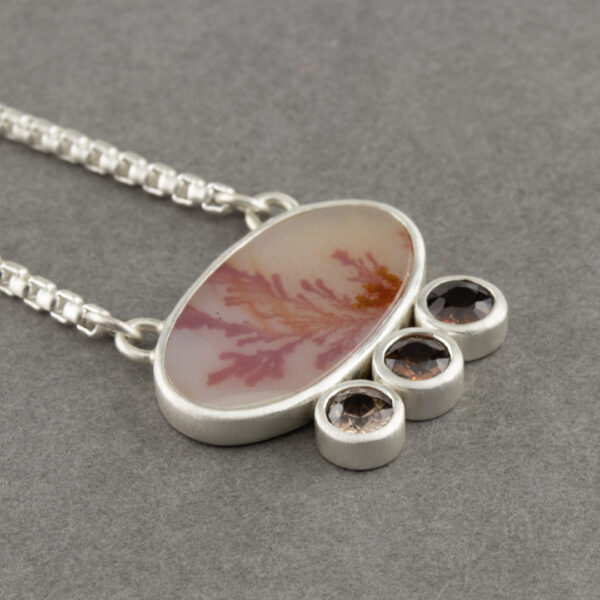One off necklace with dendritic agate and rusty red Zircon