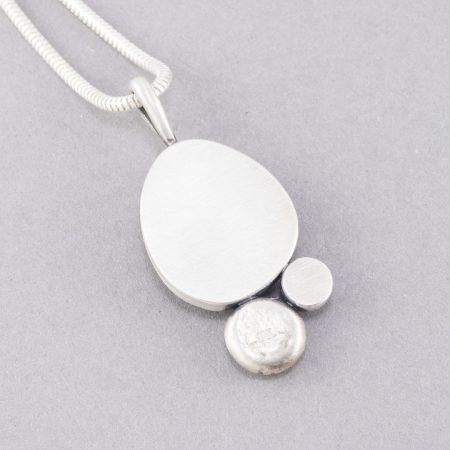 Back view of Labradorite and aquamarine pendant