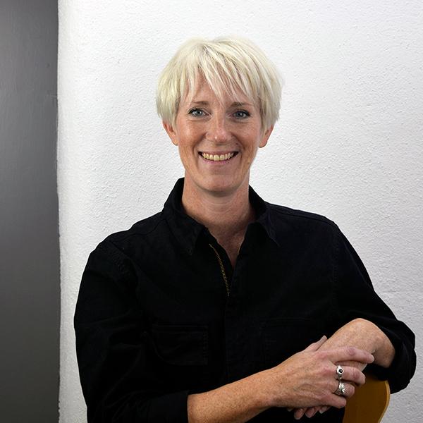 Carin Lindberg, Swedish jeweller based in Cornwall